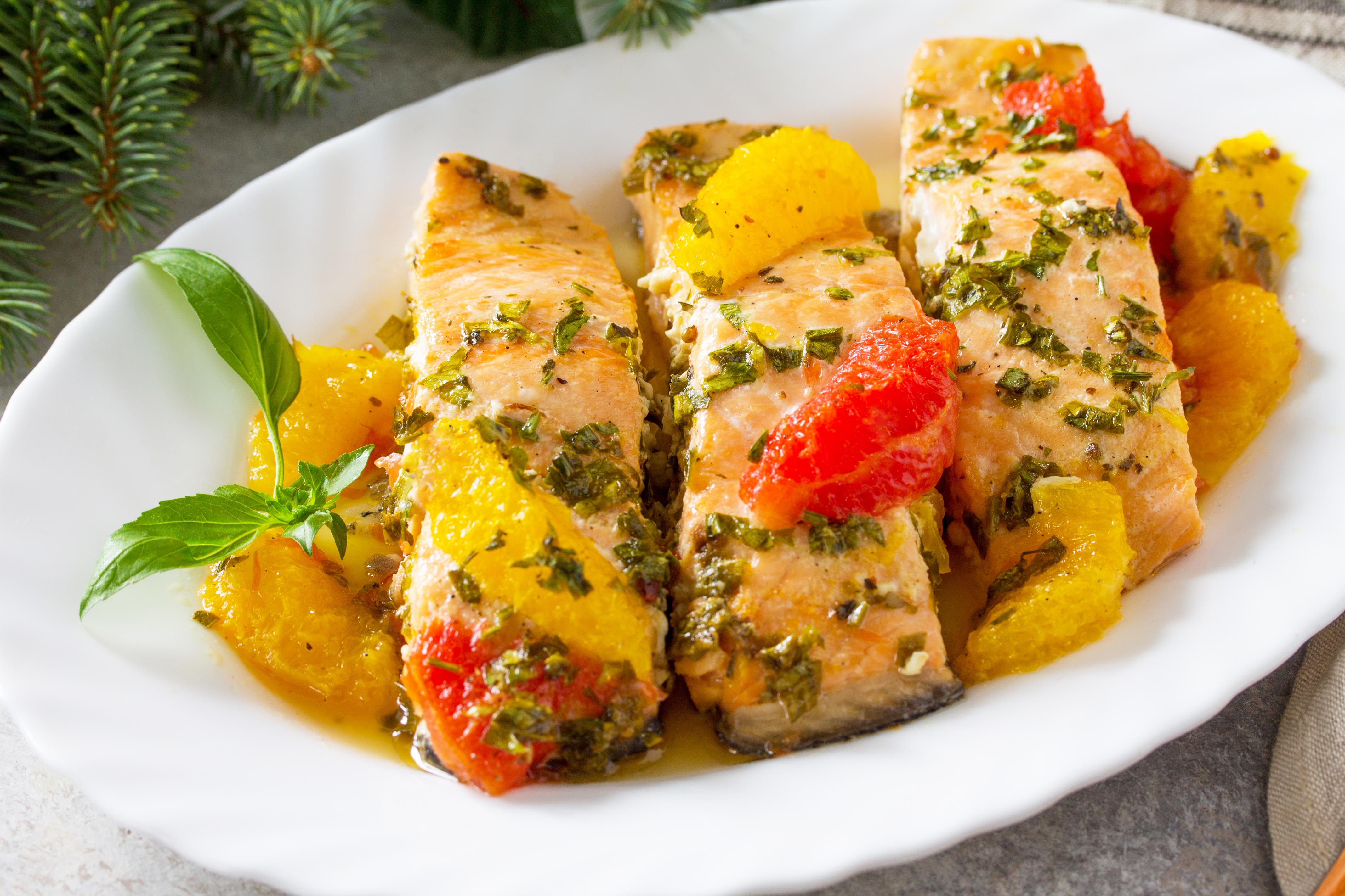 Красная рыба с цитрусовым соусом