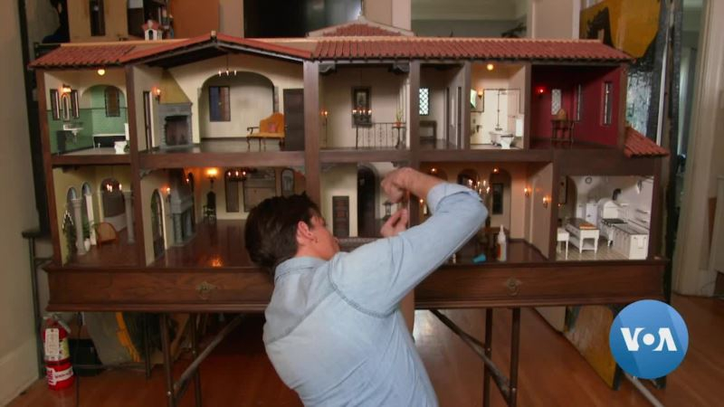 Photo of Master of Miniatures Builds a Dream Mansion in Los Angeles