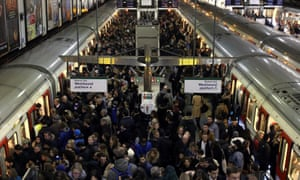 Violent crime rises by 43% in three years on London Underground