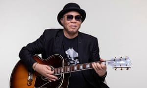 Salif Keita: Un Autre Blanc review – a retirement gift from a singular voice