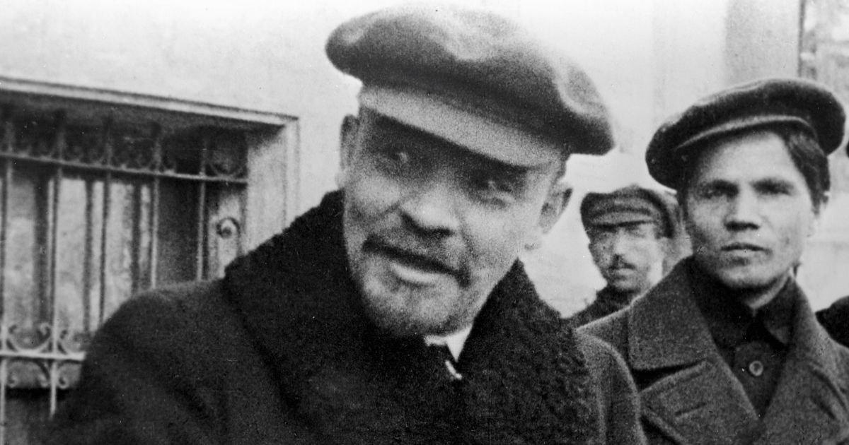 Фото От чего умер Ленин? Что деформировало его мозг?