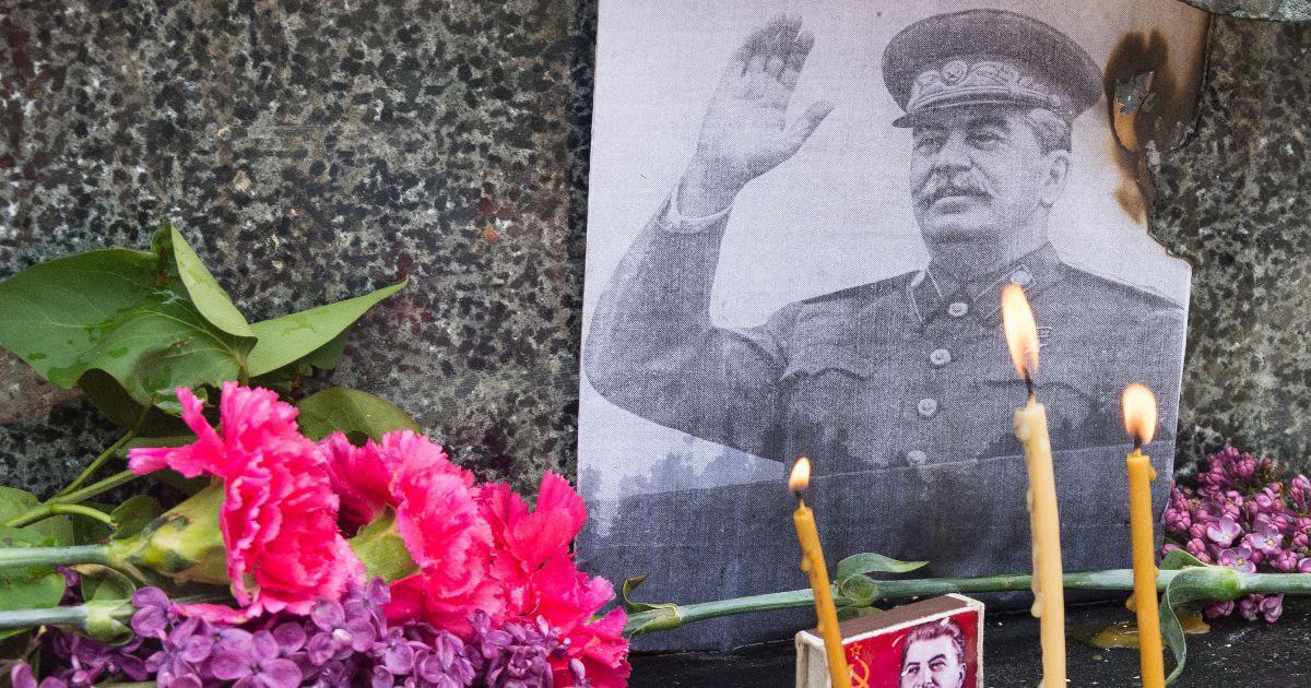 От чего умер Сталин? Факты о легенды о смерти вождя