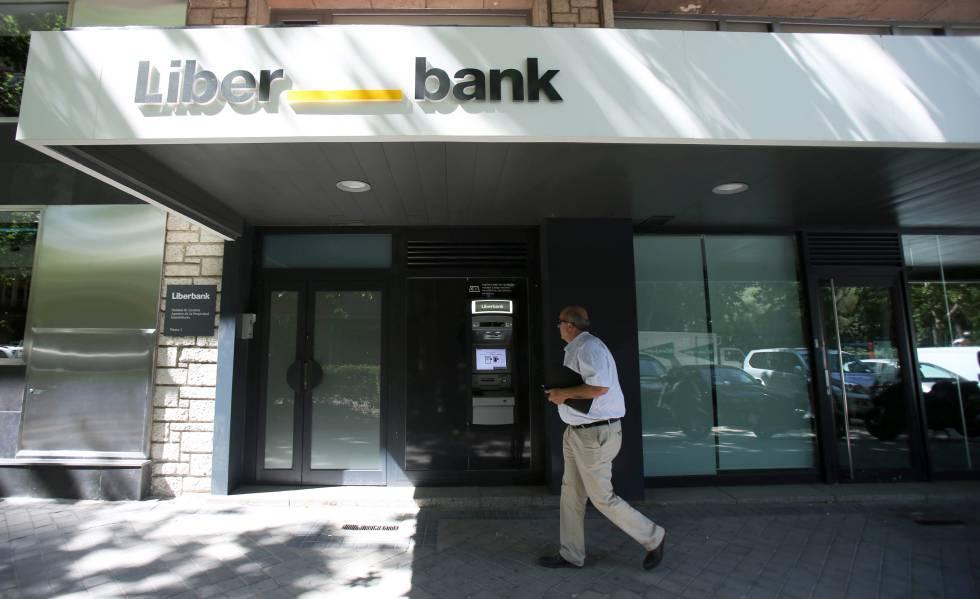 Photo of Liberbank vuelve a tener beneficios al ganar 110 millones en 2018