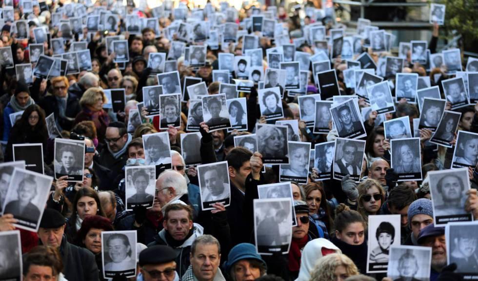 Photo of El 'caso AMIA' divide a la comunidad judía argentina