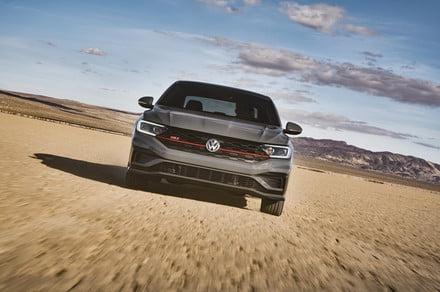 Photo of The 2019 Volkswagen Jetta GLI spices up the compact sedan segment