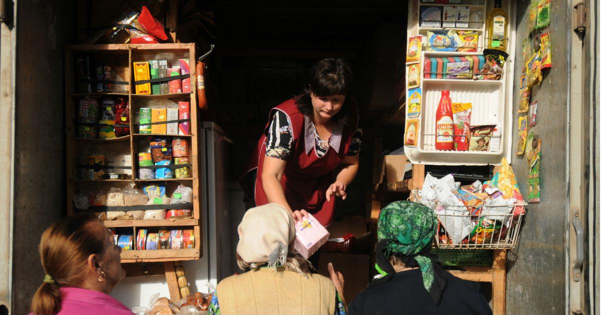 Фото Возвращение блудного ларька. Власти опять хотят развивать уличную торговлю