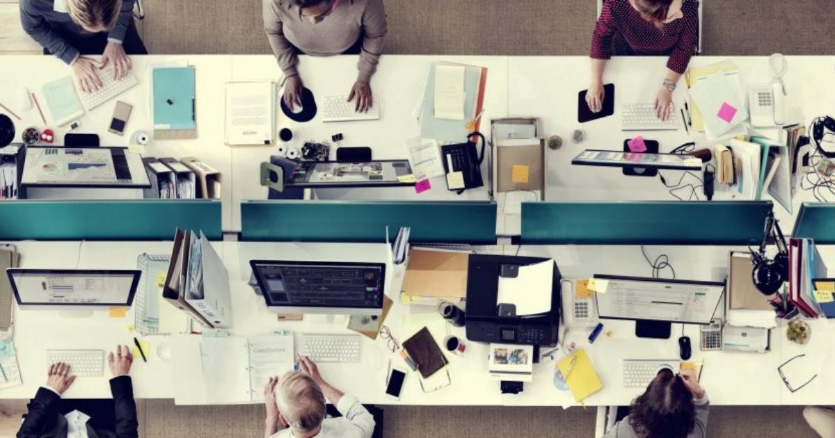 Фото Гольф и послеобеденный сон: как выглядит офисная культура разных стран?