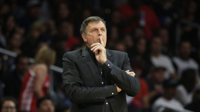 """Photo of Kevin McHale Doesn't Realize He's On Air, Calls Someone A """"Dickhead"""""""
