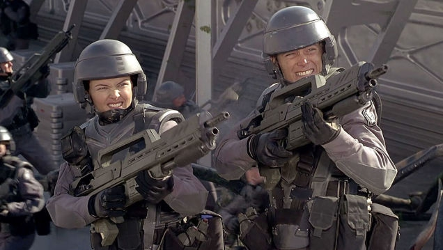 Photo of This Video Explores Starship Troopers' Messy Satirical Relationship With Fascism