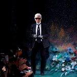 Karl Lagerfeld, Designer Who Defined Luxury Fashion, Is Dead