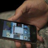 Военным запретили смартфоны и соцсети
