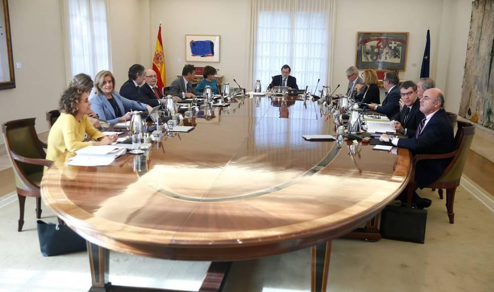 Photo of Documentos confidenciales prueban que Rajoy nunca consideró aplicar el estado de sitio en Cataluña por el 1-O