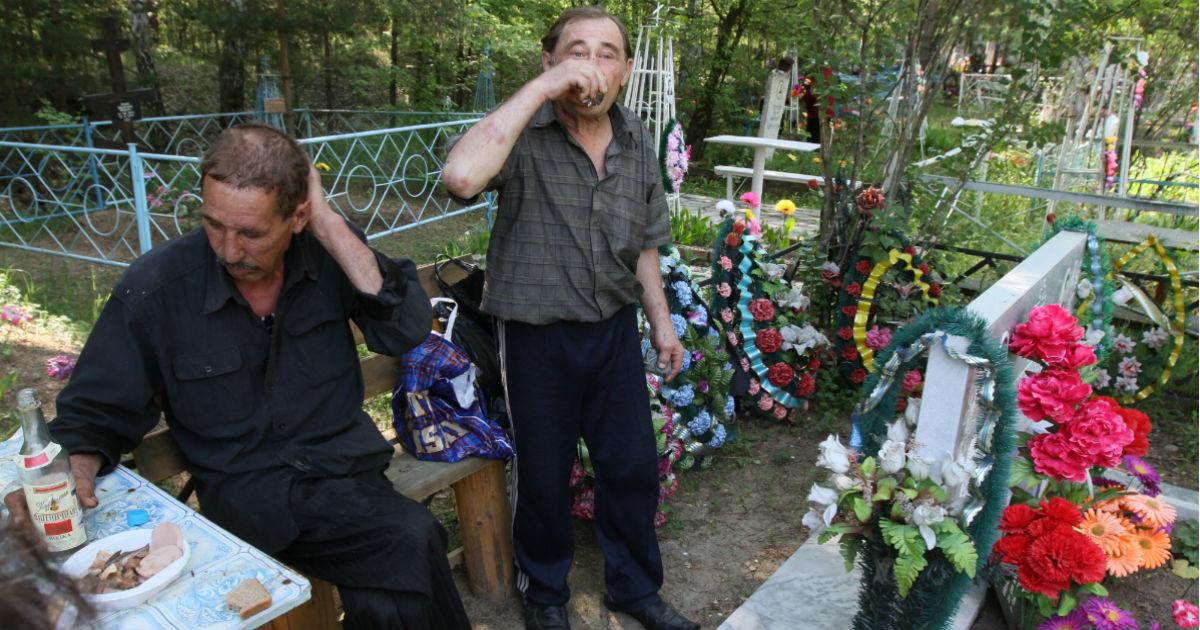 Фото Смерть защитника Отечества. Что убивает российских мужчин в расцвете лет