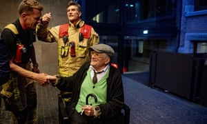 Photo of David Hockney rescued after being trapped in Amsterdam lift