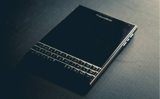 Photo of BlackBerry sues Twitter for alleged messaging patent infringement
