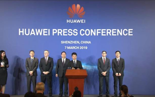 Photo of Huawei sues the US government over ban, says it's unconstitutional