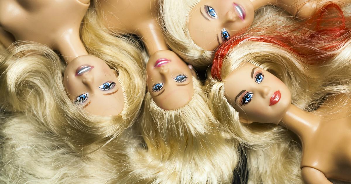 Кукле Барби 60 лет. Ее история и мультфильмы про игрушечную леди