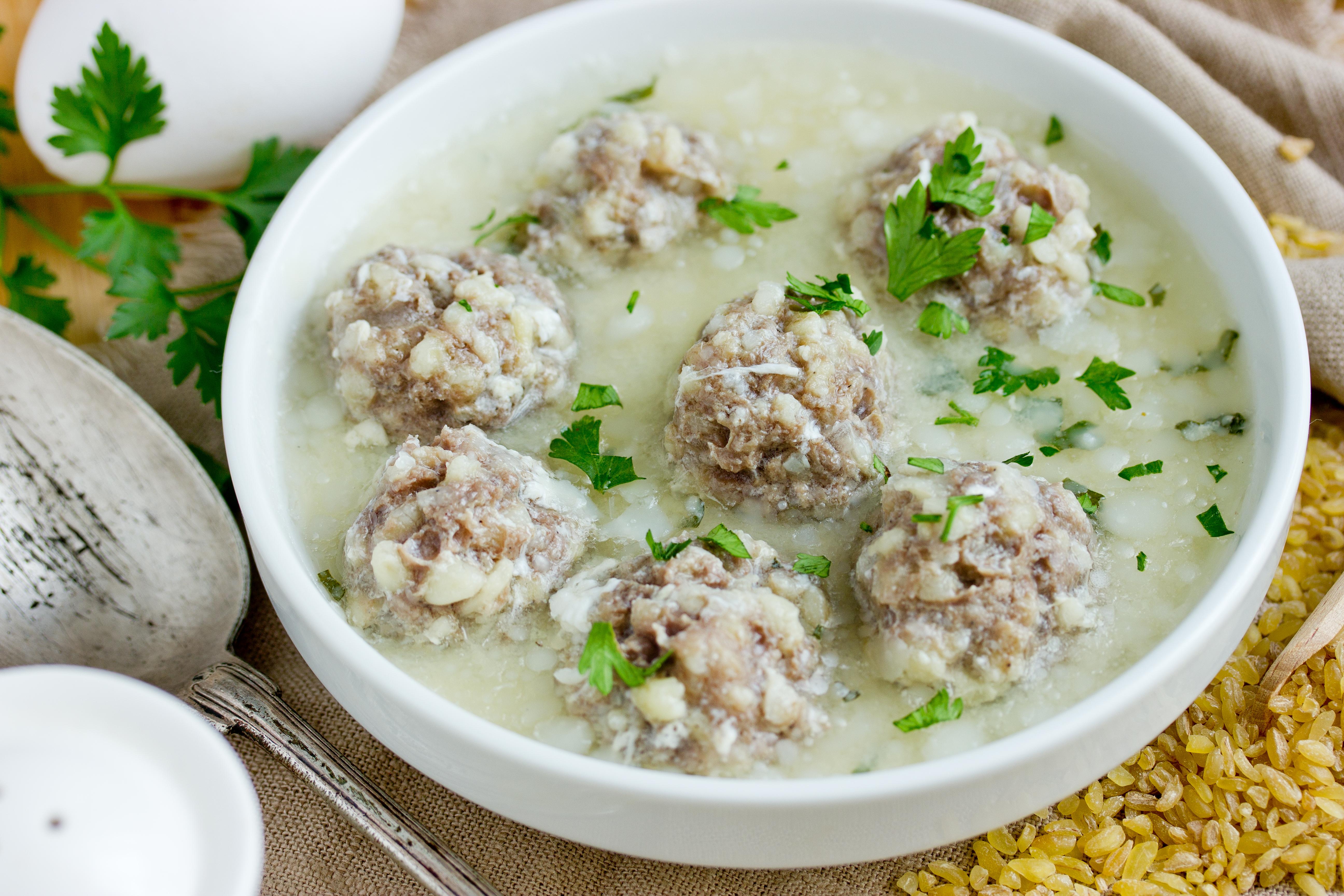 Армянский суп с фрикадельками и булгуром