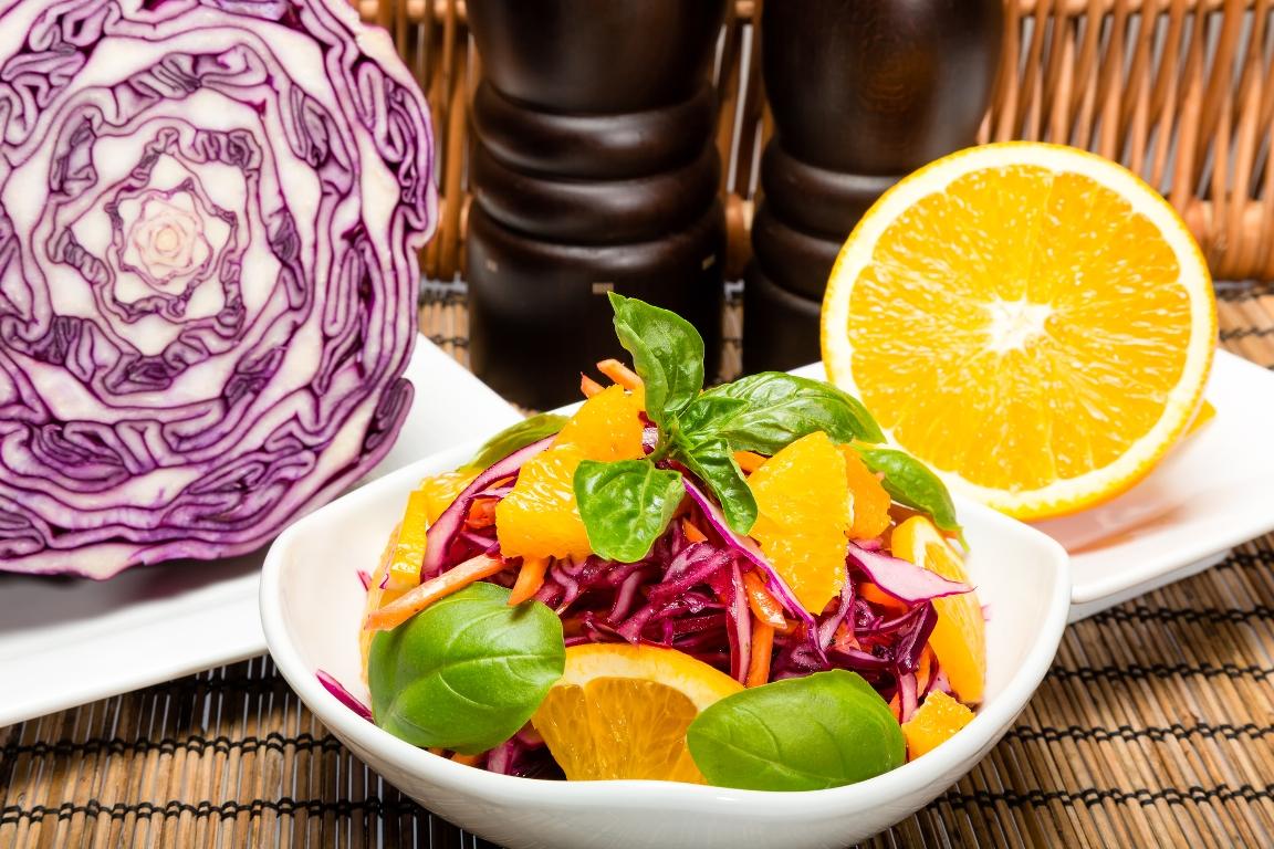 Рецепт приготовления салата из краснокочанной капусты с апельсином