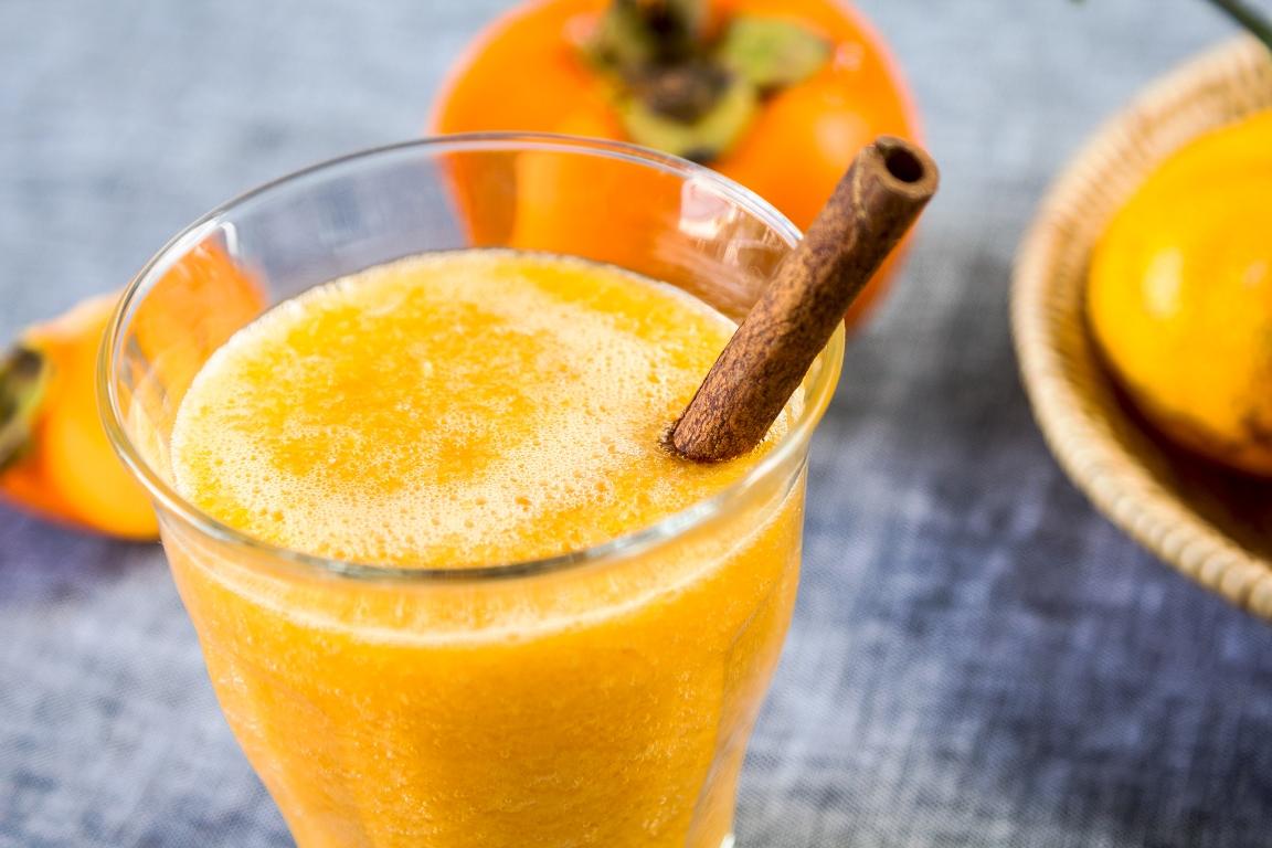 Рецепт приготовления смузи из апельсина и хурмы