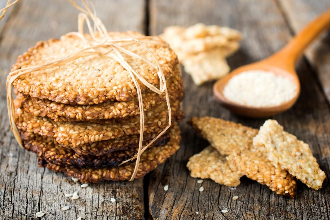 Домашнее печенье с кунжутом