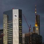 Merkel Staying Out of Merger Talks Between Germany's Top Banks