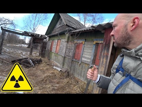 Photo of Man Boldly Enters Unexplored Chernobyl Zone And Finds Unexpected Strangers