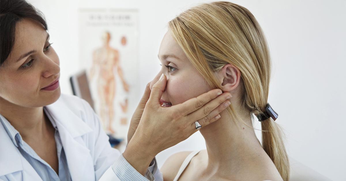 Врачи подсказали, о каких болезнях «кричит» проблемная кожа
