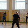 Сергей Башкиров учит боксу новосибирских студентов