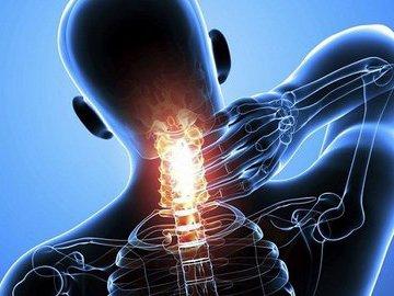 Фото Почему возникают боли в шее
