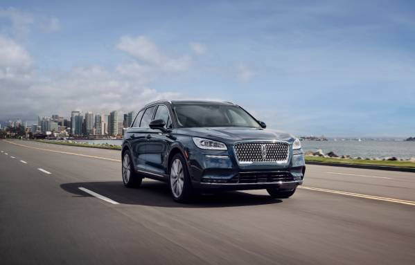 Photo of 2020 Lincoln Corsair brings Navigator style to luxury crossover