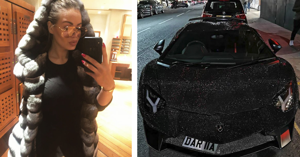 Фото Модель возмутила публику Lamborghini с миллионами стразов