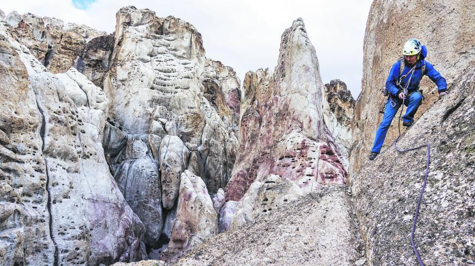 """Photo of Una """"fiebre del oro"""" junto al mayor lago de la Patagonia"""