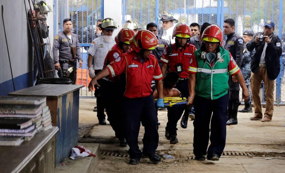 Photo of Al menos siete muertos en un motín en una cárcel de Guatemala