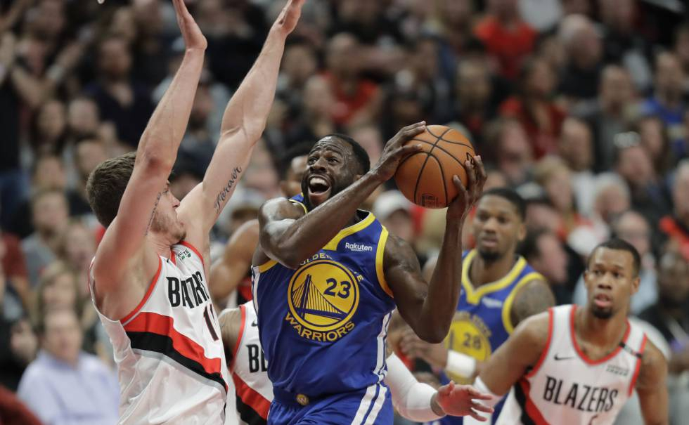 Photo of Draymond Green y Stephen Curry dejan sin margen de error a Portland