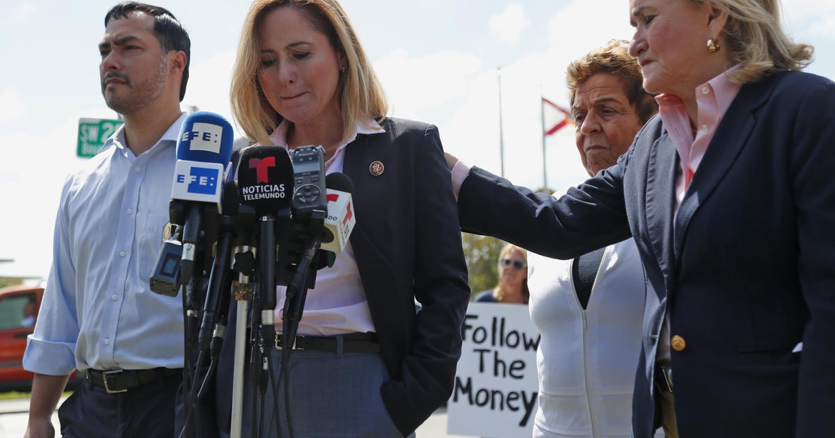 Photo of Lawmakers demand details on migrant girl's death