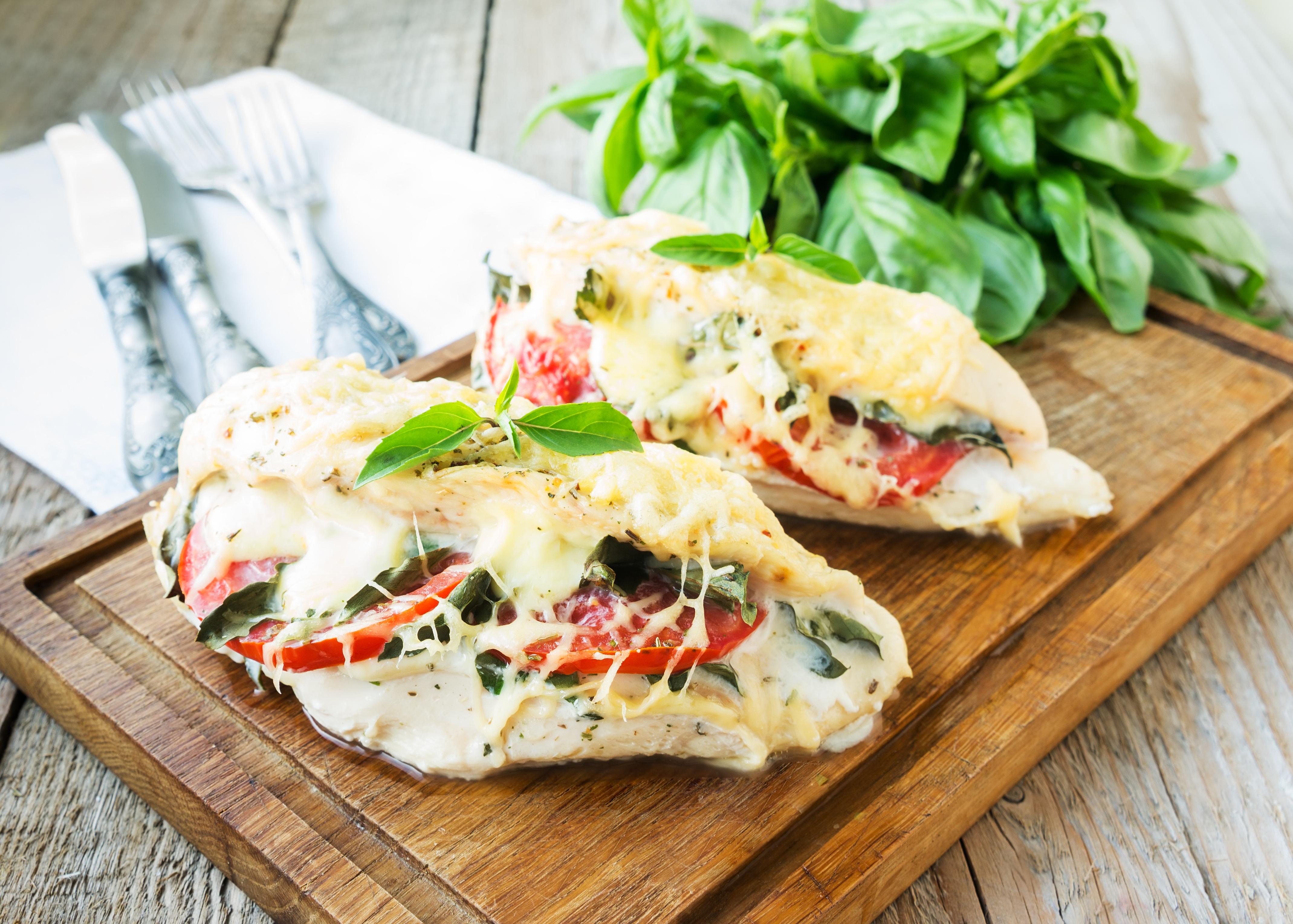 Куриные грудки по-итальянски в духовке