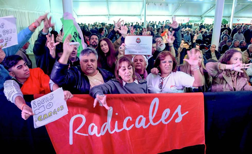 Photo of La caída de la imagen presidencial tensa la alianza política que sostiene a Macri