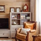 Дом в центре Геленджика с картинами Брейгеля в интерьере