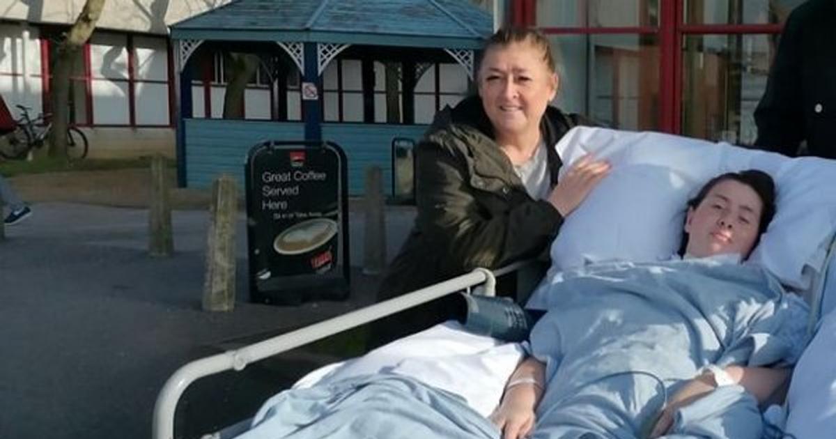 У шотландки были симптомы обычной простуды, а потом ее парализовало