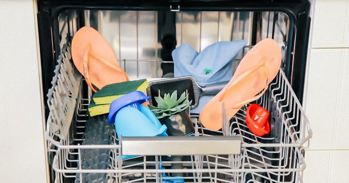 Детские игрушки и расчески: что еще можно мыть в посудомойке