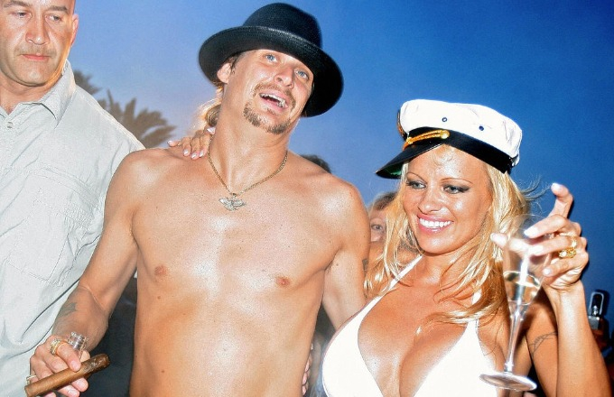 Photo of Kid Rock Reportedly Divorced Pamela Anderson Over 'Borat,' Sacha Baron Cohen Says