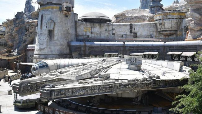 "Photo of Take A Look Inside ""Star Wars: Galaxy's Edge"" Theme Park At Disneyland"