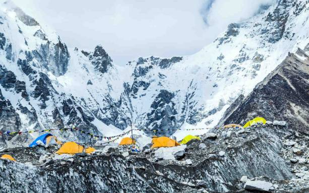 Photo of Trash and dead bodies tallied after massive Mount Everest cleanup