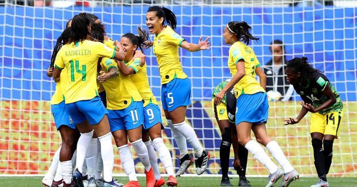 Photo of Brasil estreia na Copa com vitória sobre a Jamaica e três gols de Cristiane