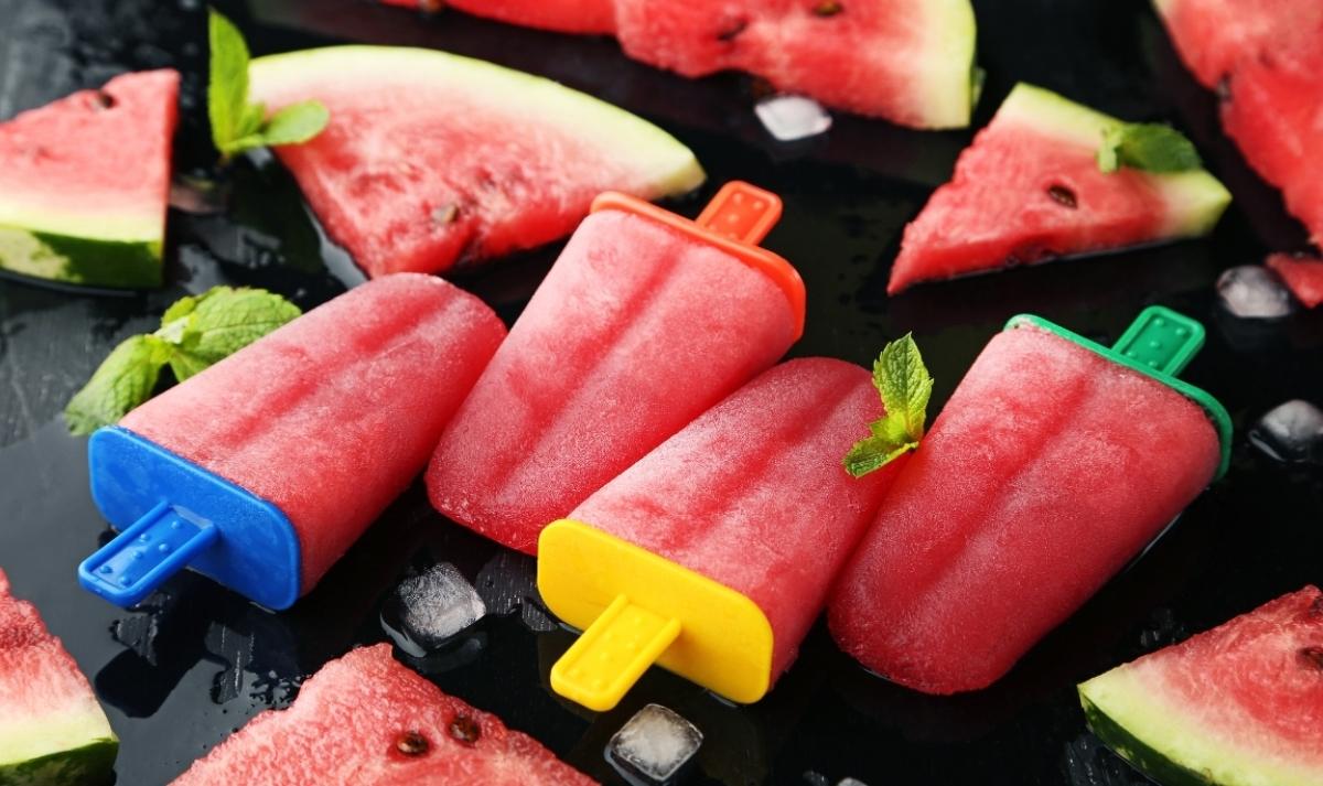 Арбузный фруктовый лёд