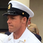 Photo of Navy SEAL Edward Gallagher Goes on Trial for War Crimes