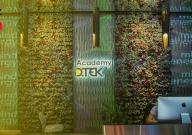 Face ID и аудитории-трансформеры: как выглядит Academy DTEK в UNIT.Сity