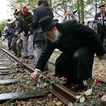 Dutch Railway Will Pay Millions to Holocaust Survivors
