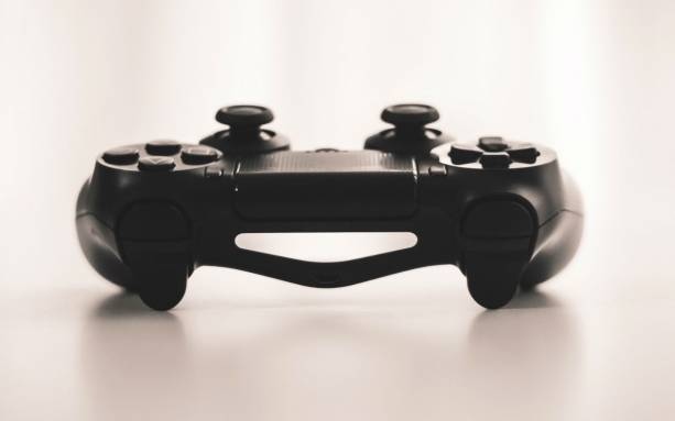 Photo of Pro Fortnite players' controller settings revealed: Here's what works